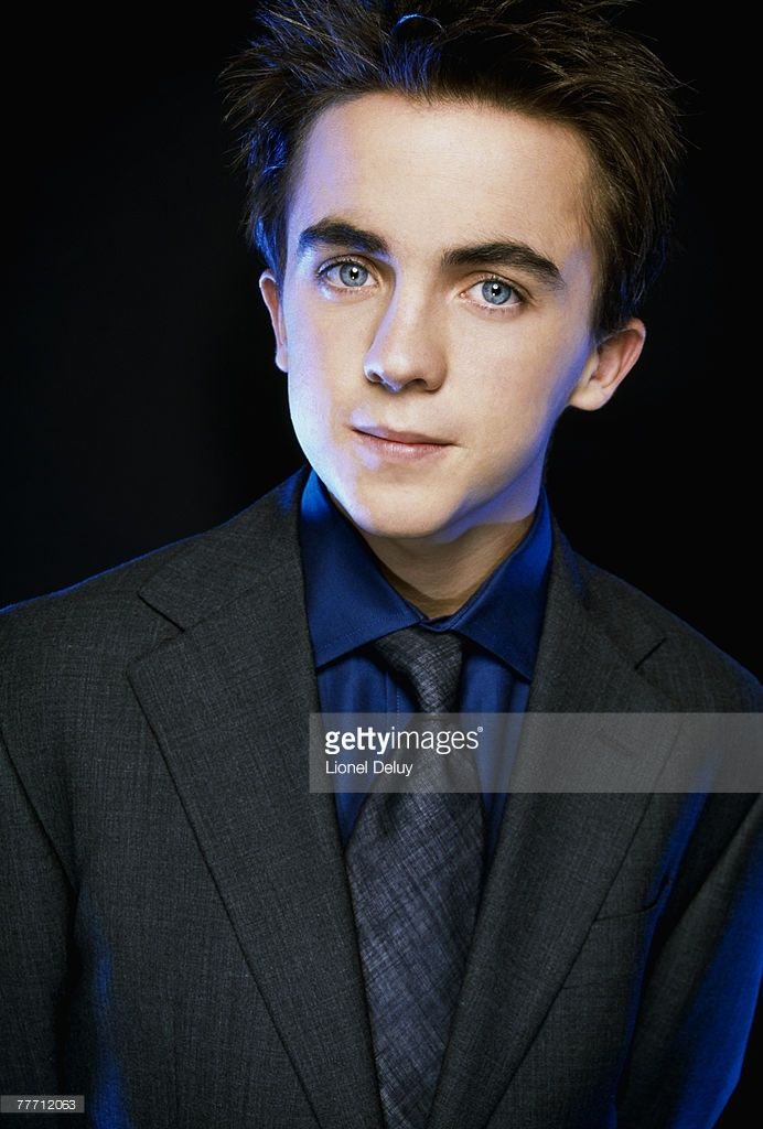 Frankie Muniz; Frankie Muniz by Lionel Deluy; Frankie Muniz, Emmy, December 1, 2002