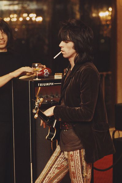 Keith Richards pictured during rehearsals for the Rolling Stones Rock and Roll Circus, 1968. Photos © Rolls Press/Popperfoto