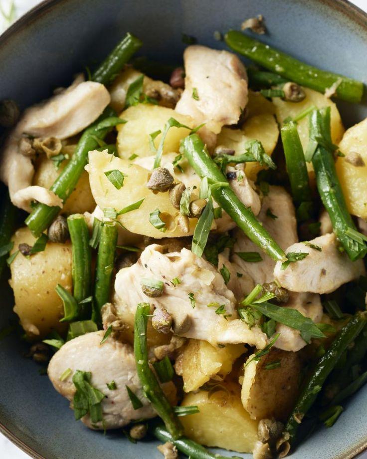 20 minuten, dat is al wat je nodig hebt om dit heerlijke bordje comfortfood op tafel te toveren: sappige kipfilet met boontjes, krieltjes & een heerlijk sausje