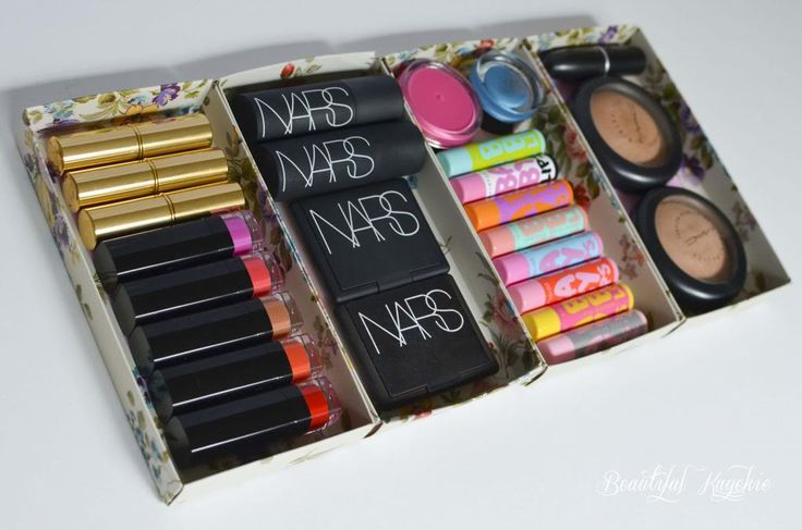 17 Great DIY Makeup Organization and Storage Ideas