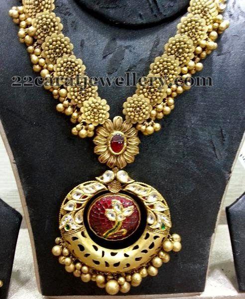 Jewellery Designs: Sunflower Designed Antique Necklace