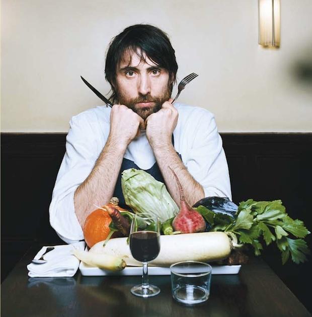 Inaki Aizpitarte. Al suo ristorante parigino, Le Chateaubriand (11° nella classifica dei migliori ristoranti del mondo), si mangia con 50 euro, un menu diverso ogni giorno, materie prime di qualità, accostamenti inusuali.  La nouvelle vague della cucina.