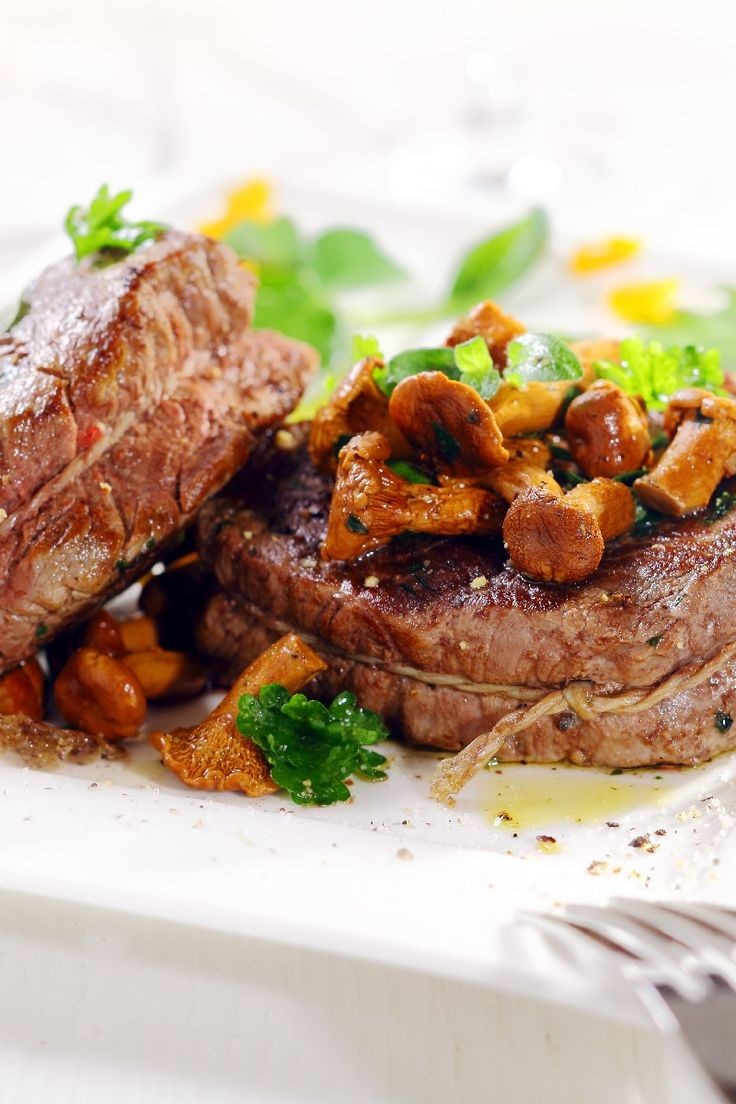 Roast Beef Tenderloin with Mushroom Ragout Recipe