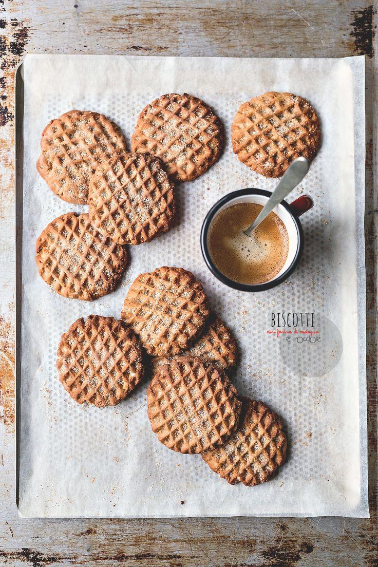 Biscotti con farina di castagne e nocciole