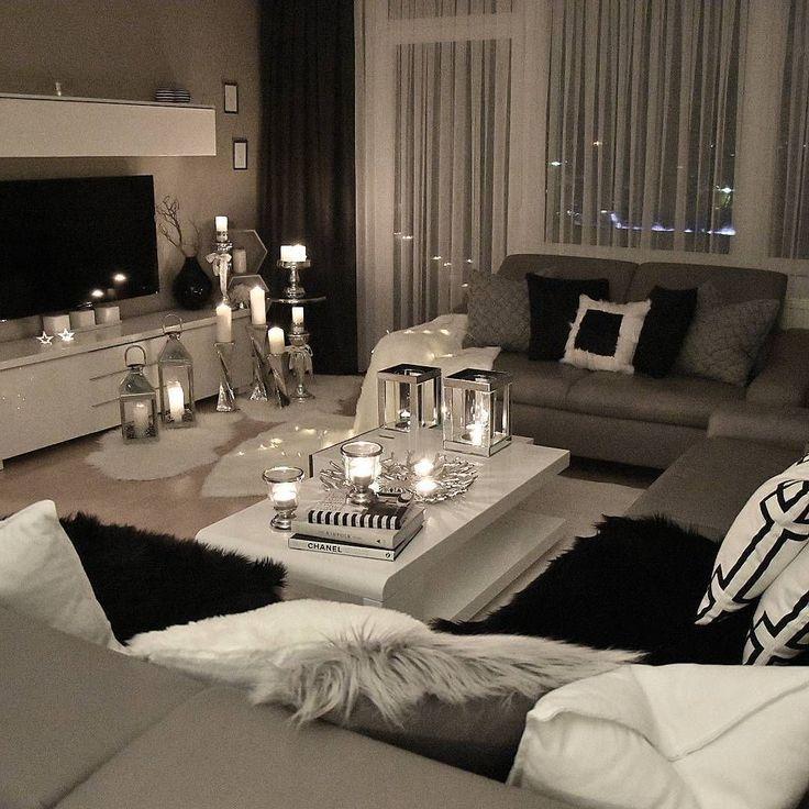 Gebirgiges helles Wohnzimmer #Homestyling #HomeFurnitureBedroom