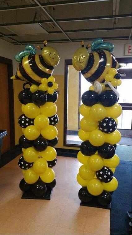 bee balloon columns.