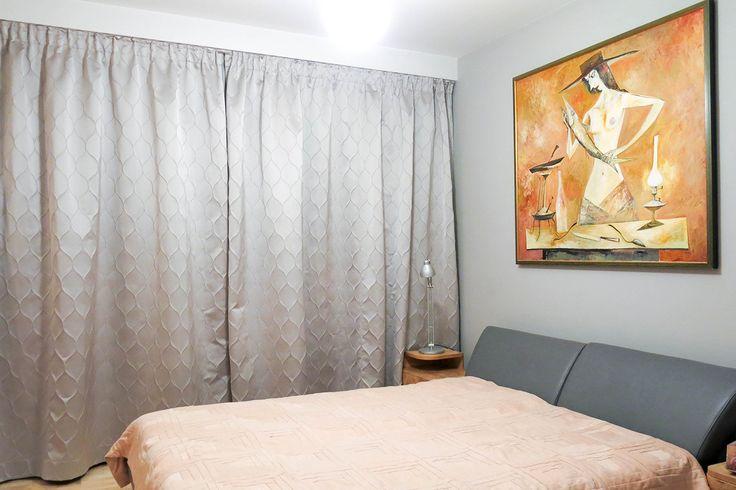 #zasłony #zaslony #sypialnia #wnetrza #srebrne #szare #błyszczące #3D #wypukłe #rybiałuska #dekoracjeokienne #dekoracjetekstylne #szycienazamówienie #szycienamiare #styleathomepl  #bedroom #homdecor #curtains #decor #fabric #curtain