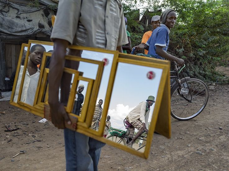 Mirror Vendor Image, Kenya
