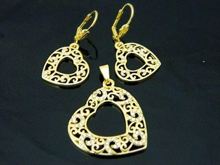 Podoba Wam się nasz komplet? Ażurowe serduszka to kolejna propozycja na prezent :)  http://sklepmarcodiamanti.pl/produkt/zw-18-k-zloty-komplet-k178/