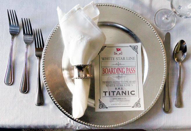 Love this place setting. Found it on TorontoLife.com http://bit.ly/I2dO0K: Finals First Class, 11 Cour, Cour Titanic, Food Bloggers, Titanic Finals, Places Sets, First Class Dinners, Dinners Recreation, Dinners April 15