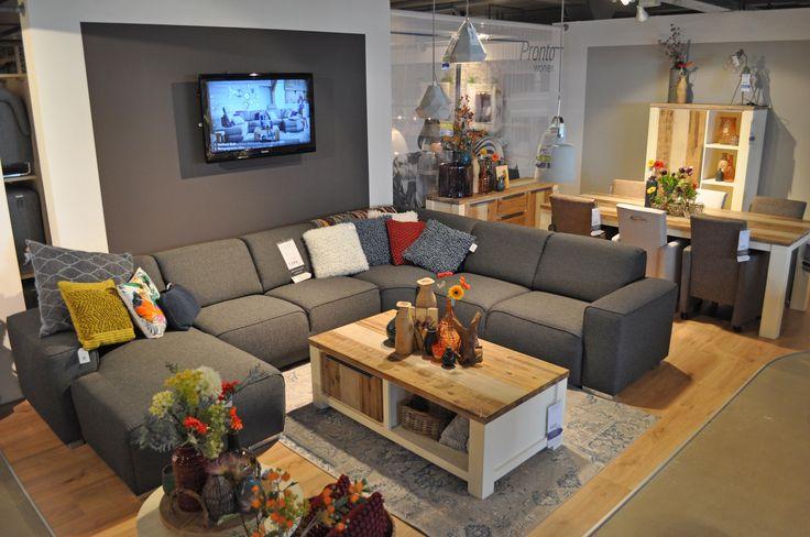 Model BARLETTA is een mooie royale leefbank met een geweldig zitcomfort #prontocapelle #geheel vernieuwde winkel