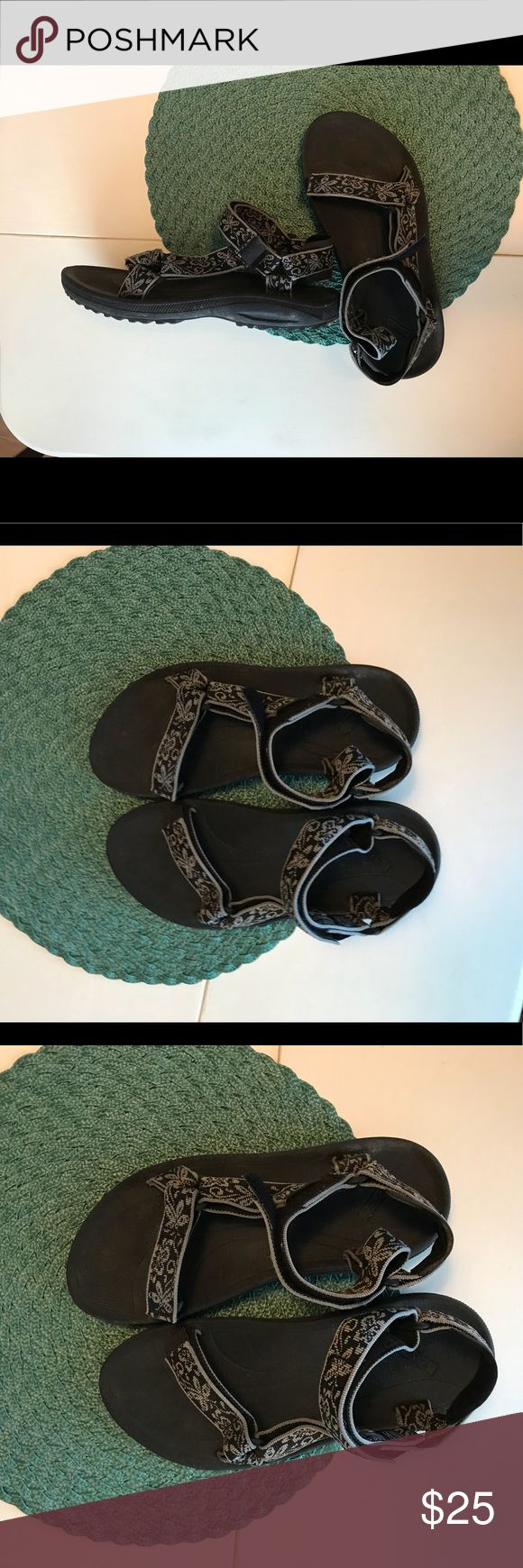 Teva Original sandals Original Teva sandal. Gently used. No known defects. Great for beach or rivers days as well as just sandals to wear on hikes or other outings. Teva Shoes Sandals
