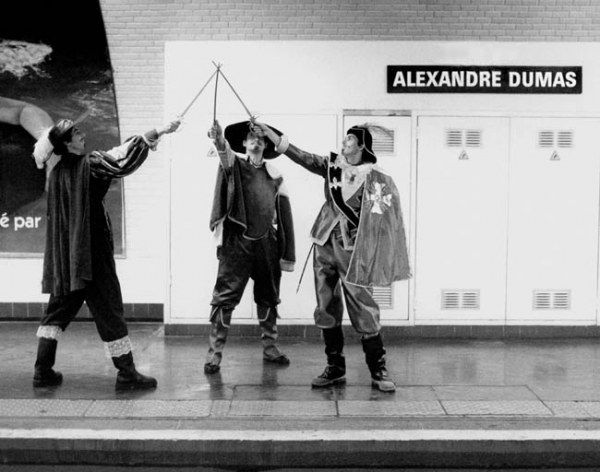 Paris metro stations interpreted through costume