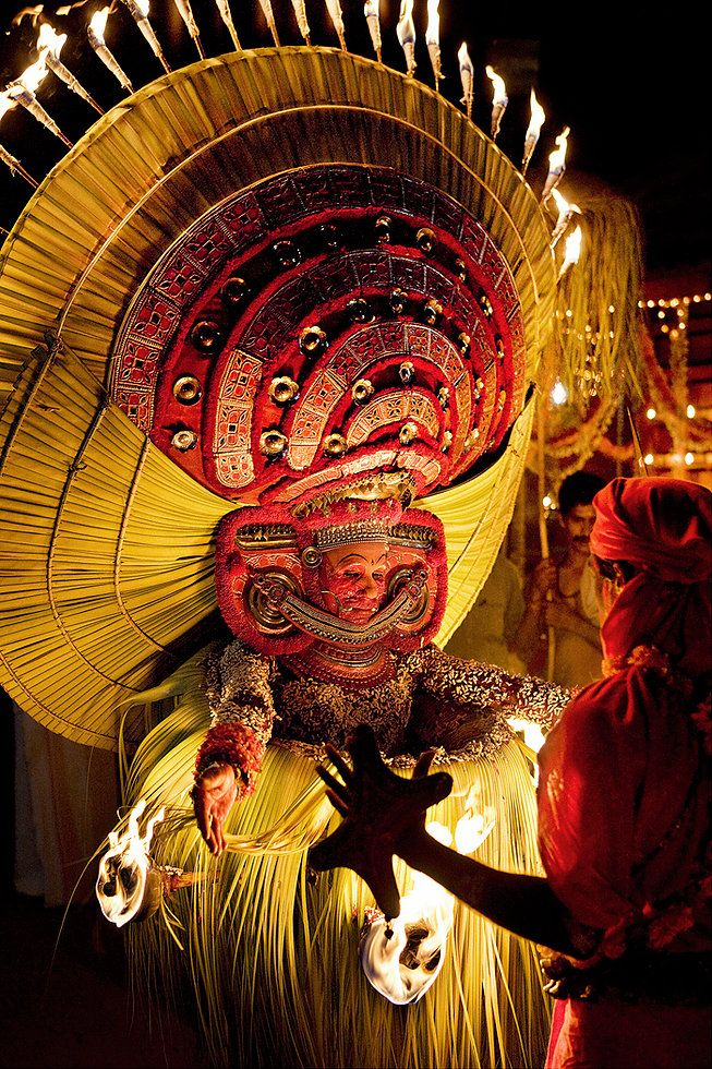 Photography of theyyam from Canadian Travel Photographer André Roberge