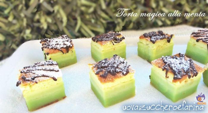 Una variante fresca e golosa, perfetta per l'estate, del dolce al cucchiaio più famoso del web; la torta magica alla menta.