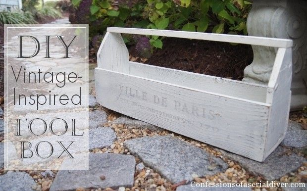 DIY Wood Toolbox from fence pickets (or pallets) 11/24/13 confessionsofaserialdiyer.com