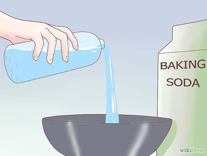 Removing a splinter with baking soda mixture
