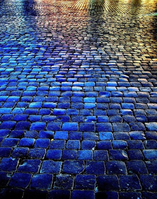 blueroad, Rome? Must improve my driveway to look like this....
