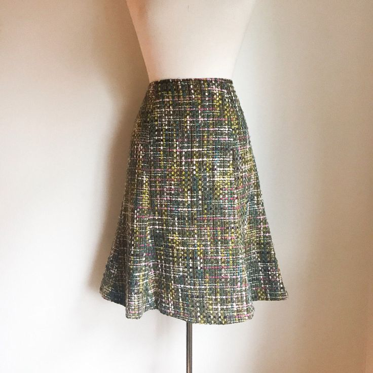 Vintage Skirt, Women's clothing, Clothing, Vintage clothing, A-line skirt, Tweed skirt, 60's tweed, 60's skirt, Reitmans, Canadian fashion by MarlaHomanCollection on Etsy https://www.etsy.com/ca/listing/504023724/vintage-skirt-womens-clothing-clothing