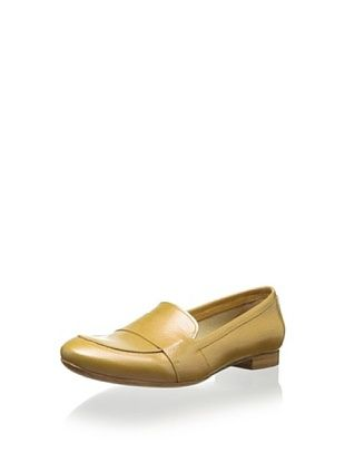 51% OFF Coclico Women's Isa Loafer (Beige)