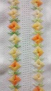 Sugestão de SilMez  usando o Ponto Ilhós de Diamante. Tem na minha relação de Pontos. As folhas no ponto Pluma( feather Stitch) Lindo!!