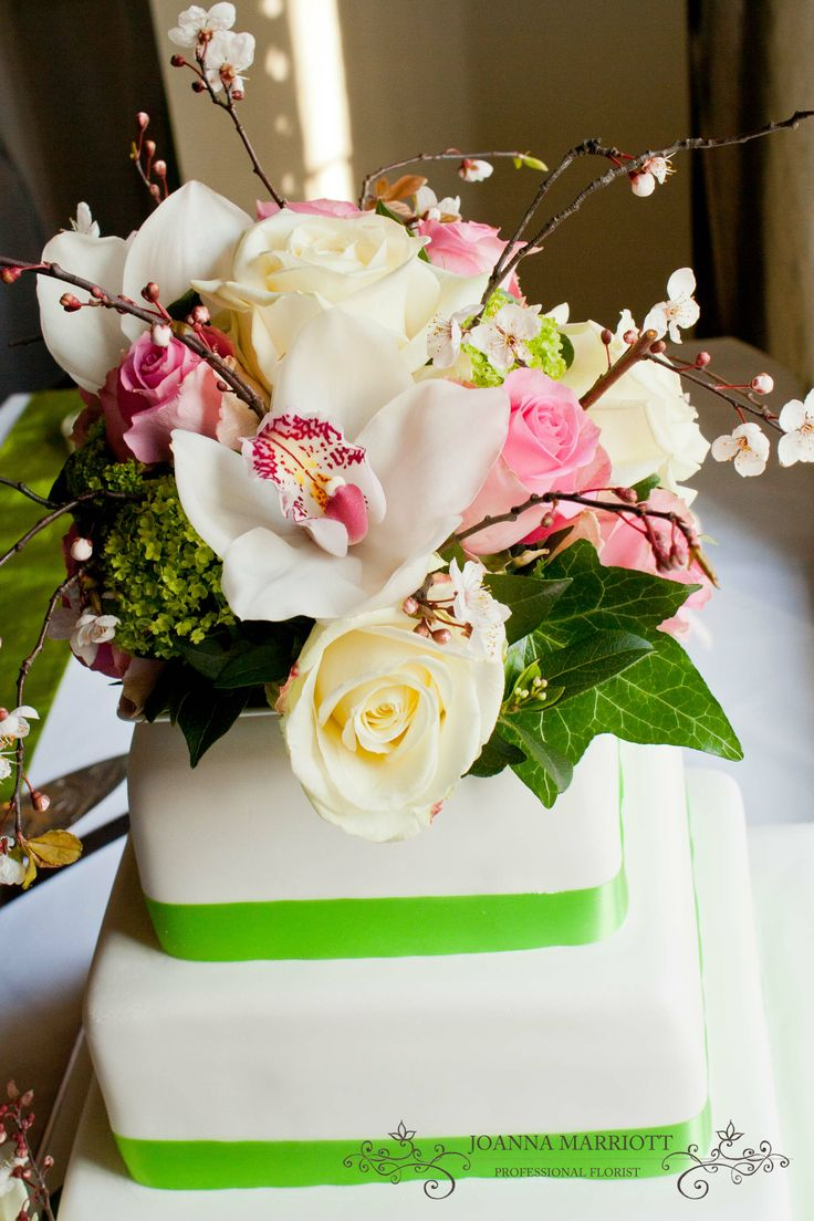 top tier wedding cake decorations 17 best images about wedding cake floral decoration on 21074