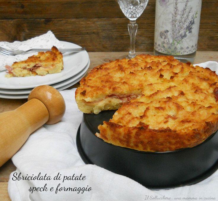 Sbriciolata di patate, speck e formaggio