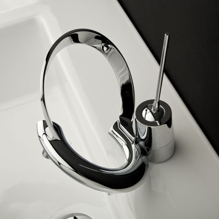 Modern Bathroom Faucets With Curved Levers – Embrace Lacava | DigsDigs