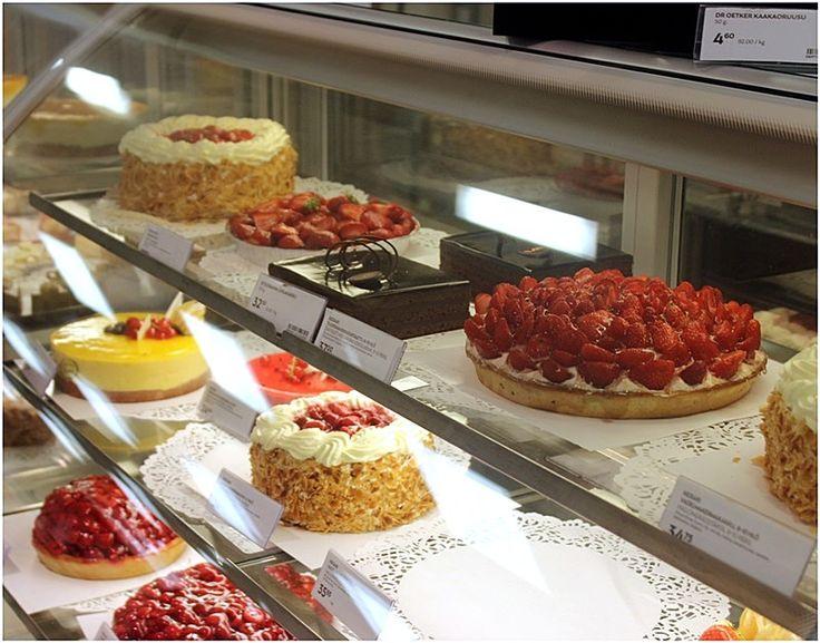 Cakes in Stockmann Herkku