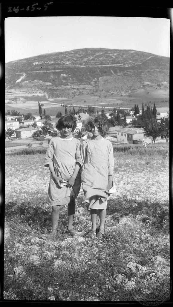 Greece; Nemea; Children Creator:Dorothy Burr Thompson Site: Nemea Region:Corinthia Country:  Greece Date: 1924 Repository: ASCSA ARCHIVES Collection Title: Dorothy Burr Thompson