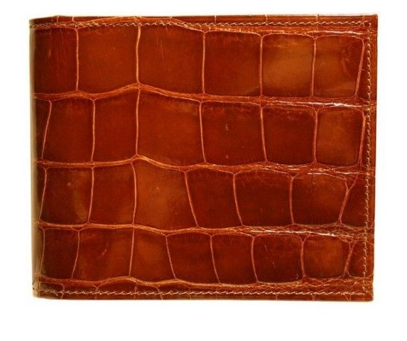 Exotic alligator billfold.A certain conversation starter, friend maker and lady romancer. This is our preference for the best exotic wallet ever. #Wallet #Men's Best Wallet