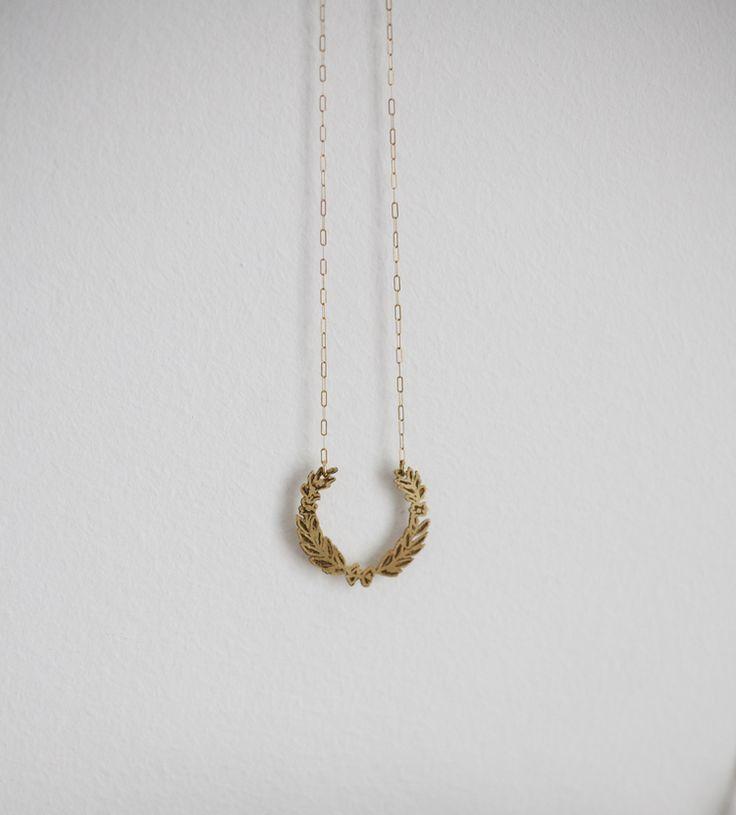 Small Laurel Wreath Necklace