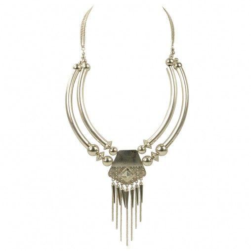 Zilveren statement ketting van metaal met kleine spikes en metalen sluiting die op de gewenste lengte gesloten kan worden. Ook als festival bandje te dragen.