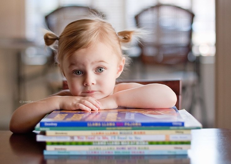 Would be a cool pic to get at the beginning of each school year...with the changing of books and obviously the growing child