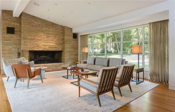 5,000 sq ft Mid Century Modern home for sale in Dallas