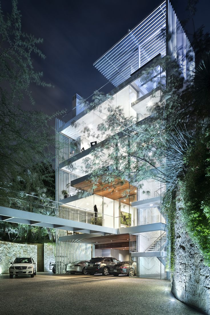 22 Amazing Vertical Garden Ideas For Your Small Yard: Vertical House / Miró Rivera Architects