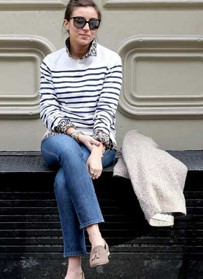 40代・50代女性(アラフォー・アラフィフ向け) ジーンズの着こなし方 普段使いやオシャレ着にもマストなジーンズ。 今回は40代・50代女性に似合うジーンズの着こなし