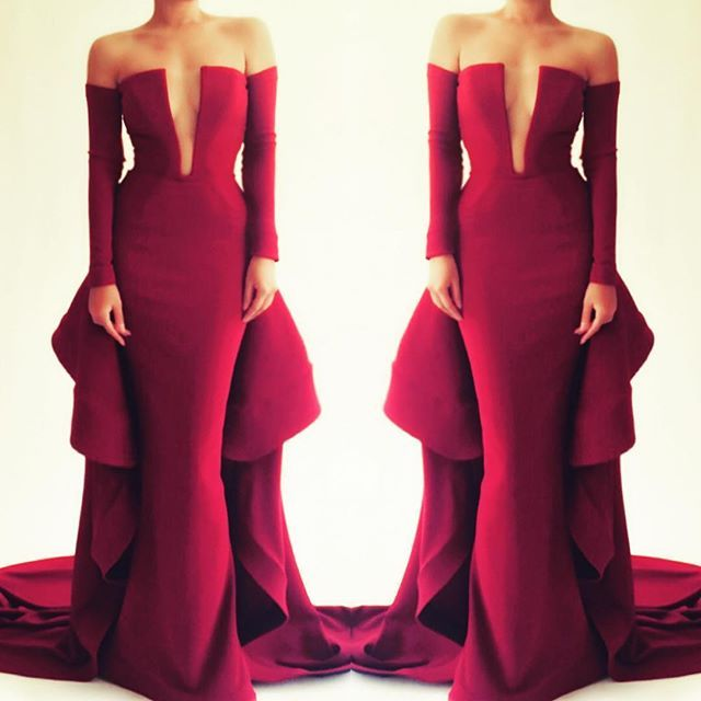 Tag the perfect person for this strapless gown