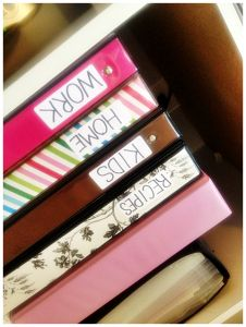 DIY Binder Re-Do http://aproverbswife.com/2013/04/diy-binder-re-do.html