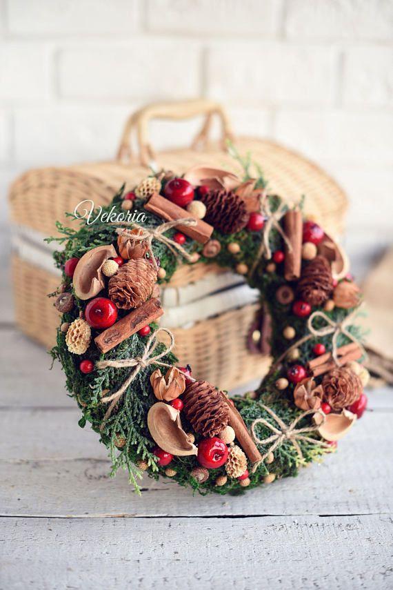 Wreath Christmas wreath Door decoration Berry Wreath Front