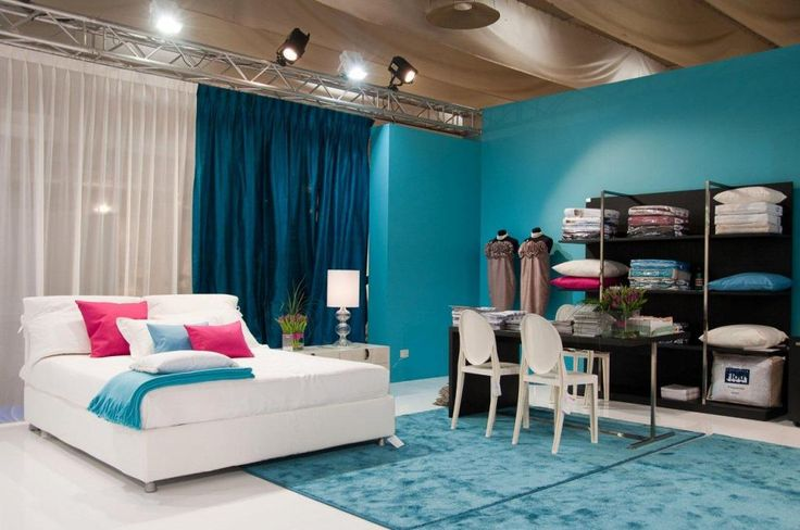 http://www.drissimm.com/wp-content/uploads/2015/11/gorgeous-bedroom-design-with-blue-paint-wall-also-white-blue-curtain-also-white-bedding-feat-nice-color-pillow-also-blue-rug.jpg