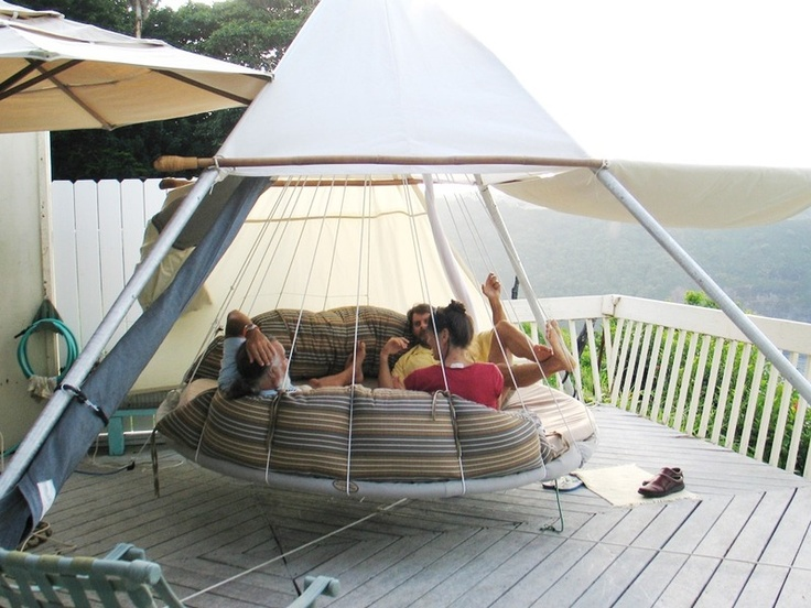 Outdoor Floating BedHanging Beds, Bedrooms Design, Floating Beds, Interiors Design, Projects Ideas, Outdoor Sets, Outdoor Spaces, Beds Design, Back Patios