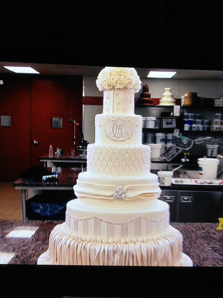 Mario Lopez Wedding Cake Made By Cake Boss Carlo S