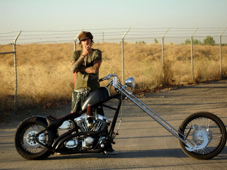 tommy lee and his sugar bear springer evo chopper. Black Bedroom Furniture Sets. Home Design Ideas