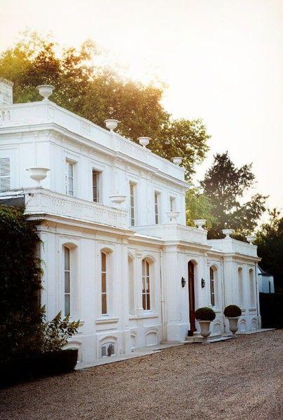 Gorgeous vintage plantation house for your wedding venue