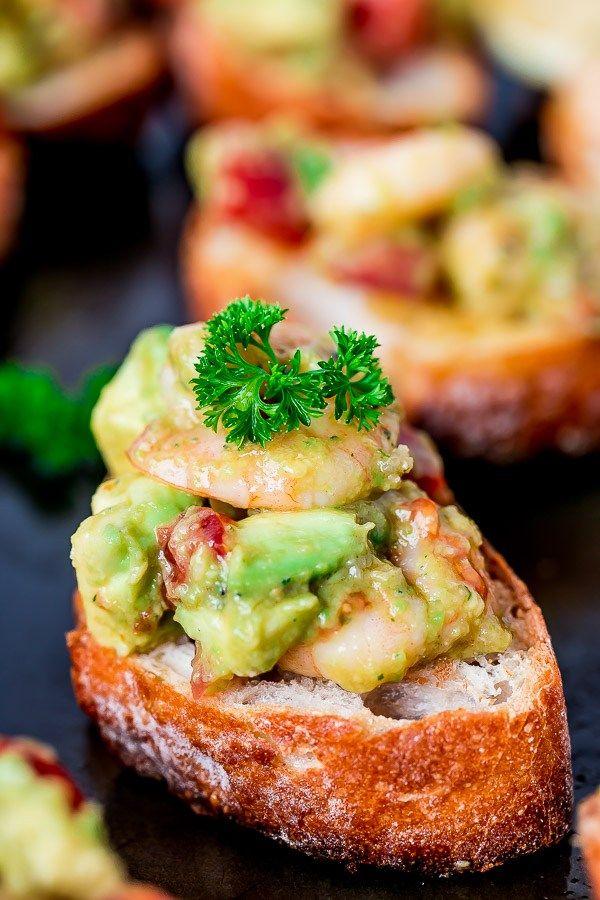 Garlic Prawn and Avocado Crostini on http://cafedelites.com