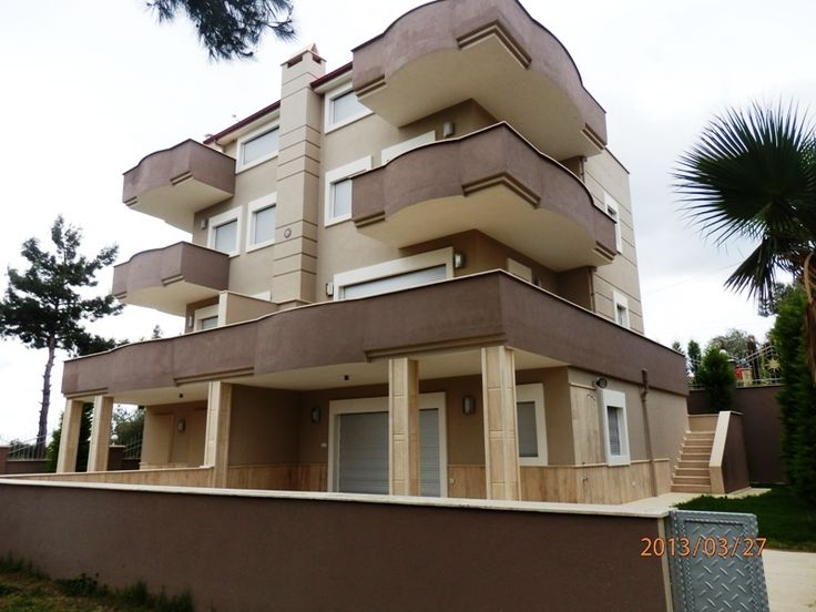 http://www.turkeyhousesforsale.com/property/realestate-kusadasi-sogucak-6296