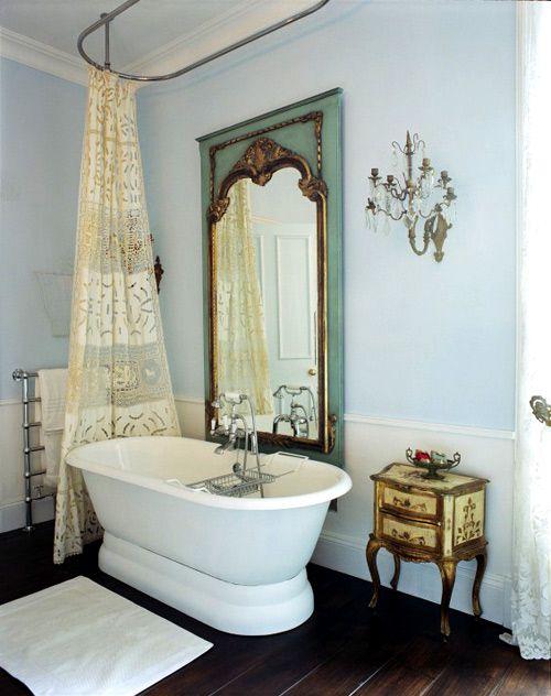 :)Bath Tubs, Modern Bathroom Design, Decor Bathroom, Vintage Bathroom, Bathtubs, Dreams Bathroom, Bathroom Interiors Design, Shower Curtains, Design Bathroom