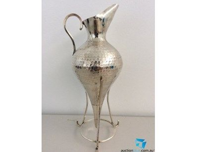 Sterling silver Uwer on stand