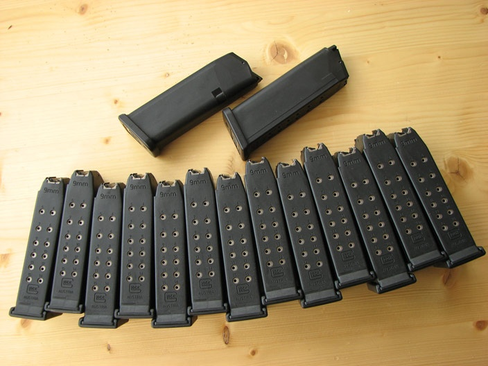 Glock 19 Magazines. Everyone needs a minimum of 12.2A Molon, Glock 19, Mole Labe, 19 Magazines